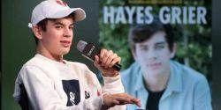 Jovem celebridade Hayes Grier acusado de roubo e agressão